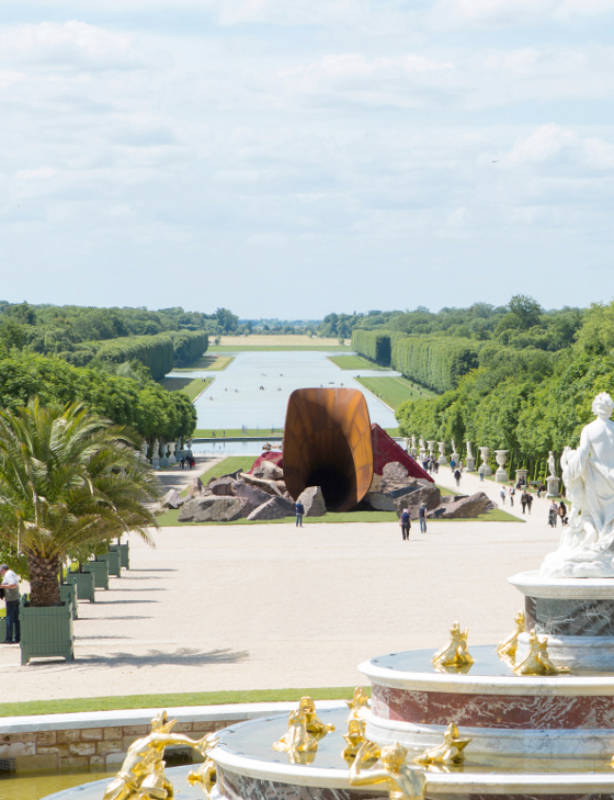 """Dirty Corner"", 2011-2015, Courtesy Lisson Gallery, Galleria Massimo Minini, Galleria Continua, Kamel Mennour and Kapoor Studio,"