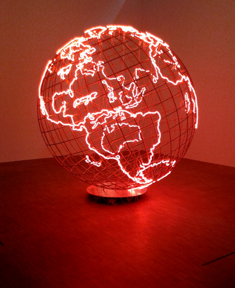 "Mona Hatoum, ""Hot Spot"", 2013, photo Ewelina Chwiejda"